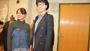 Helinä Salo och Emma Stapels på Västra Nylands folkhögskola.