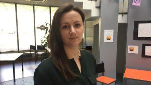 Rima Hadid, studerande vid Uleåborgs universitet och frivilligarbetare för Rädda barnen.