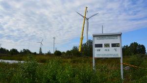Sista bilden av vindkraftsparken i Korsnäs före nedmonteringen.
