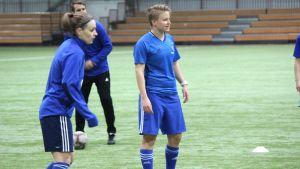 Linda Ruutu på HJK:s träningar.