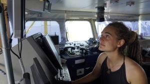 Den tyska kaptenen Carola Rackete ombord på Sea-Watch 3