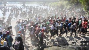 Centralamerikanska migranter vid gränsen mellan Guatemala och Mexiko 20.1.2020
