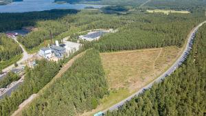 Flygbild över Ekenäs solpark.