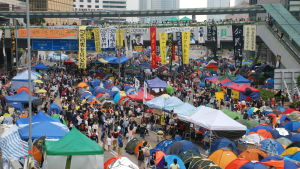 En stor del av de unga Hongkongborna blev politiskt medvetna för sex år sedan. Prodemokratiska demonstranter ockuperade då tre av de viktigaste trafiklederna i mer än två månader.