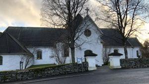 Närpes kyrka