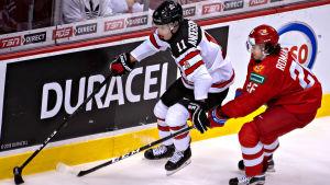 Jarret Anderson-Dolan är en av tre kanadensare i JVM-laget som spelat i NHL i höst.