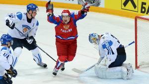 Sergej Sjirokov jublar, finska spelare deppar