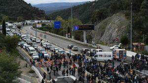 Separatistiska demonstranter blockerade motorväg AP7 vid den spansk-franska gränsen