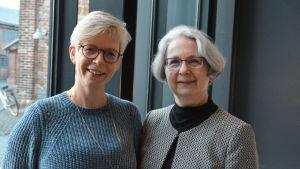 Professor Viveka Lyberg Åhlander och Pirkko Rautakoski.