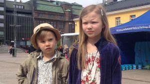 Isak och Vera Meriläinen på Narinken i Helsingfors