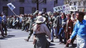 Protestmarsch i Washington D.C. år 1971 mot kriget i Vietnam.