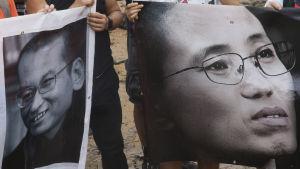 Aktivister demonstrerade för till minnet av Liu Xiaobo och för Liu Xia i Hongkong den 3.9.2017.