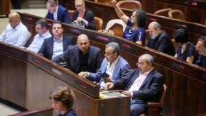 Israelisk-arabiska parlamentsledamoten Ahmed Tibi 19.07.2018