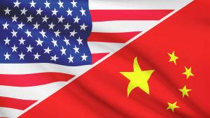 USA:s flagga och Kinas flagga.