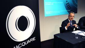 Macquarie Bankin toimitusjohtaja Nicholas Moore Sydney-lehdistötilaisuudessa vuonna 2009