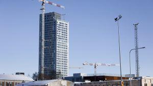 Tornhuset Majakka, som byggs i anslutning till köpcentret Redi.