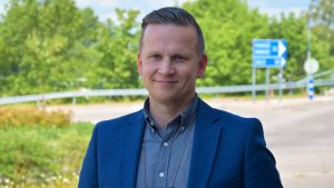 Kriminalkommissarie Mats Sjöholm vid polisinrättningen i Västra Nyland.