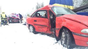 Bilar i olycka på Larsmovägen