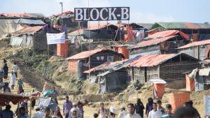 Läger för burmesiska rohingyaflyktingar i Bangladesh.