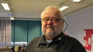 Profilbild på Mikko Laurén.