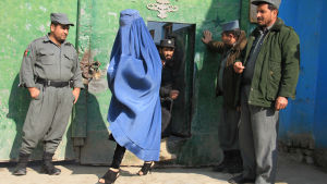 Kvinnor släpps ut ur fängelset i Jalalabad