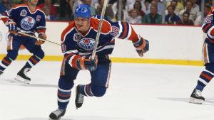 Esa Tikkanen var en av Oilers ledande spelare.