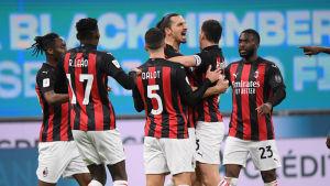 Zlatan Ibrahimovic förde upp AC Milan i 1–0-ledning.