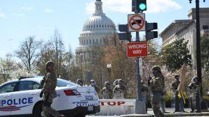Avspärrning efter en attack mot poliser i Washington DC 2.4.2021