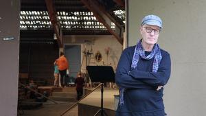 Riddo Ridberg är regissören för Stenplockerskorna.