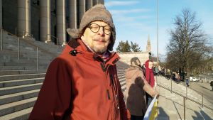 Juhani Mäkeläinen har barnbarn som är mellan tre och tio år gamla. Också han lider av klimatångest.