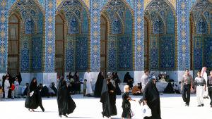 Huvudhelgedomen Imam Ali i Najaf  innan coronaviruset slog till