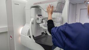 Mammografia-laite Etelä-Karjalan keskussairaalassa.
