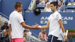 Novak Djokovic är bäst i världen i tennis.