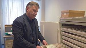 Seppo Mäkitalo från Karlebypolisen