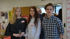 Sanna Makkee, Gabriella Andersson och Adrian Rantala.