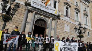 Självständighetsförespråkare demonstrerar i Barcelona 1.2.2019.