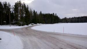 Korsningen Träskbyvägen–Ljunghedsvägen i Jackarby.