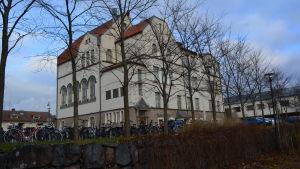 Jakobstads gymnasium.