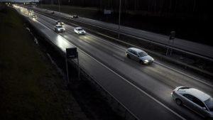 Bilar i mörker