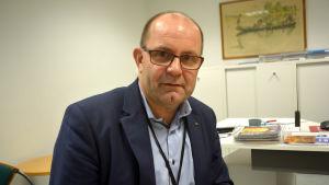 Christer Holmlund är ordförande för Finlands Svenska Lärarförbund.
