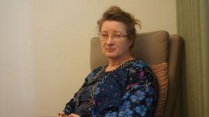 Monica Eggert är psykiater med livslång erfarenhet av psykoterapi.