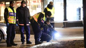 Polisen undersöker brottsplats i Vetlanda.
