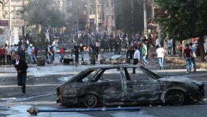 Kravaller vid protester mot IS i staden Diyarbakir i östra Turkiet.