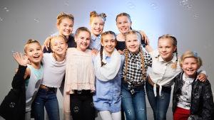 MGP:n tanssijat kuavusstudiossa