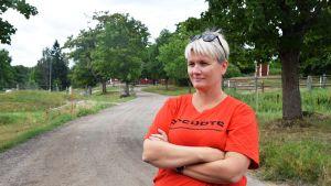 Johanna Wasström på Broby gård har ett stall.