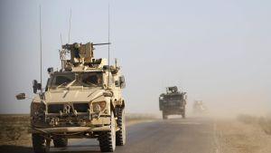 Bepansrade amerikanska fordon som patrullerade i provinsen Deir ez-Zor (där också Baghuz ligger) den 31 januari.