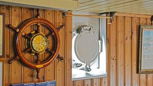 innomhus dekor på fartyget m/s j.l. Runeberg