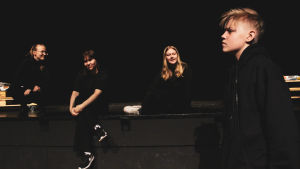 unga på scen