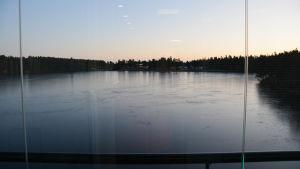 utsikt över en sjö