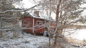 En bastu i Bergvalla, den är gammal och där ska byggas en ny.
